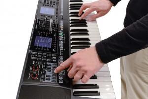 đàn organ Roland E-A7 10