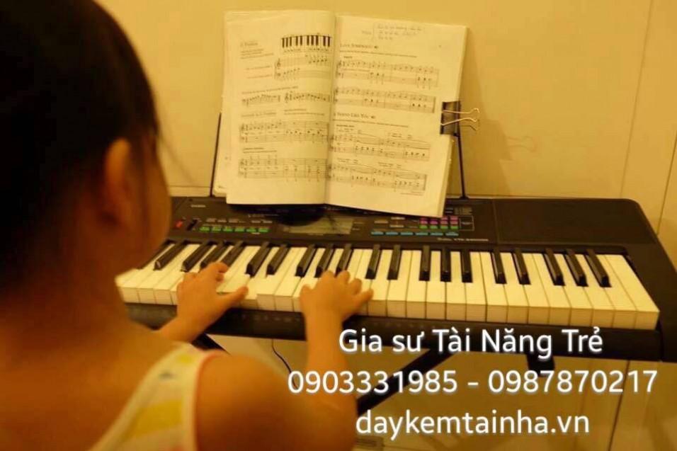 Tìm gia sư dạy đàn Organ tại quận 12