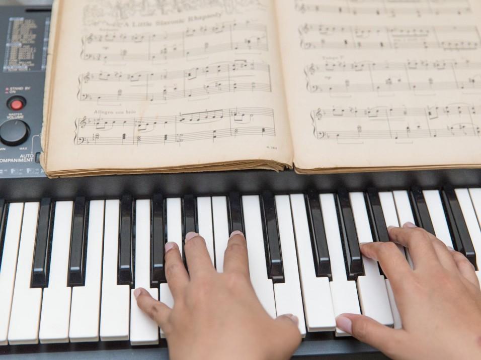 Dịch vụ dạy kèm đàn Organ tại nhà