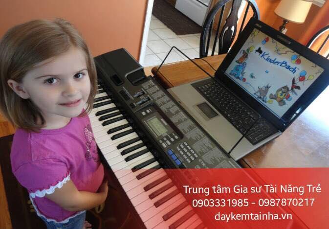 Dịch vụ gia sư dạy đàn Organ tại nhà