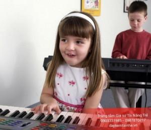 Tại sao nên cho trẻ học đàn Organ